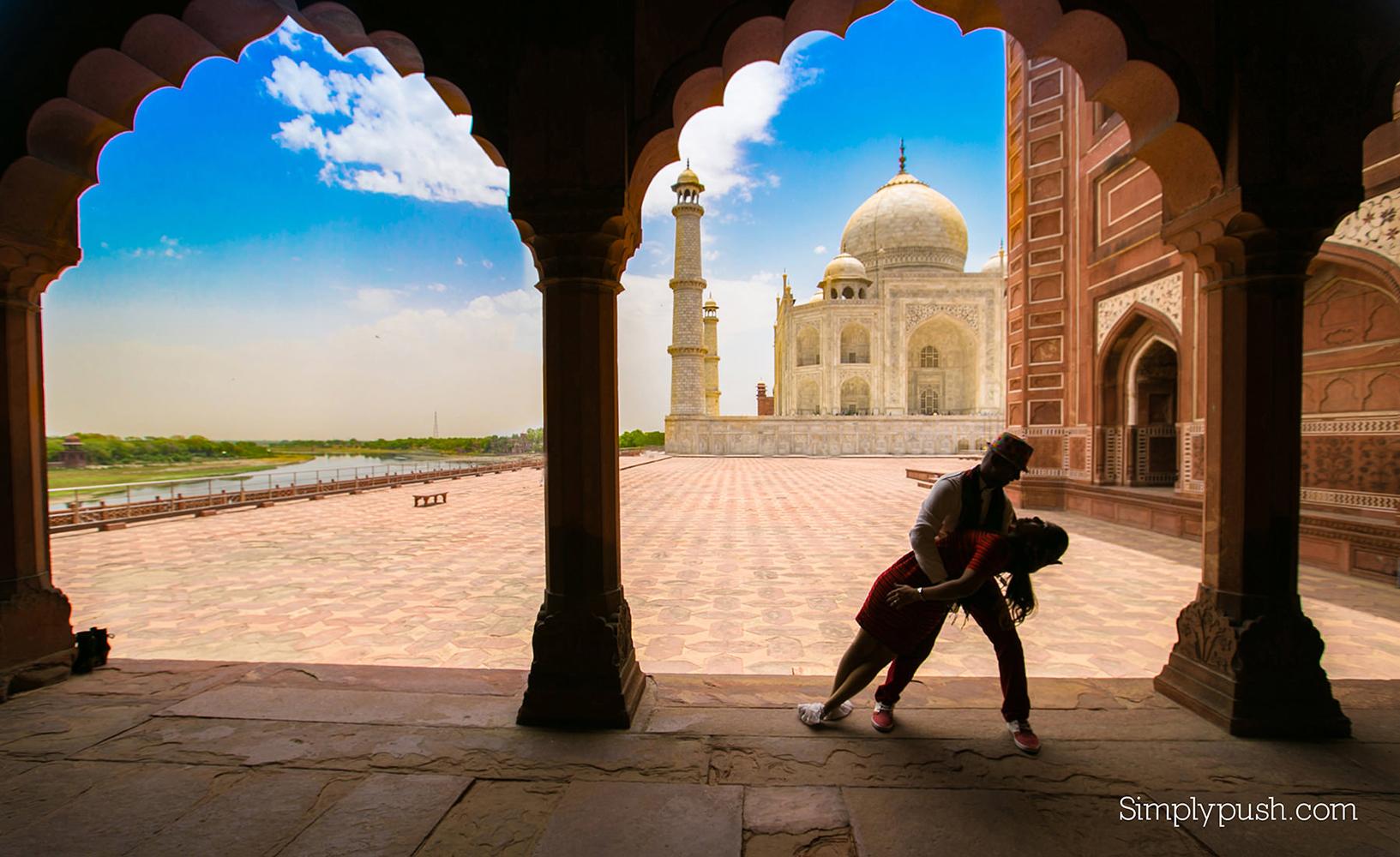 Taj Mahal Photoshoot photographer, photoshoot taj mahal, Pre